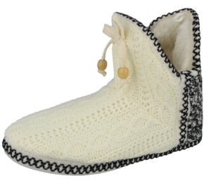 Cara Mia Women's Cable Knit Pull On Slipper Boots - White